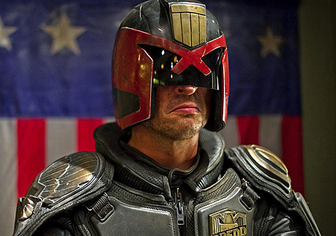how tall is judge dredd