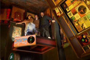 (l to r) Jay Ellis, Taylor Russell, Logan Miller and Tyler Labine star in ESCAPE ROOM.